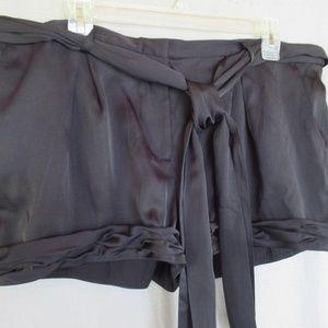 BCBGmaxazria shorts black 12 tie ruched